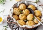 cesnakové zemiaky, zdravá, príhloha, mňam, jedlo, fit, obed, zdravá strava, chudnutie, pečenie, varenie, miska zemiakov, kcal, kalórie, zdravé, rozmarín, cesnak