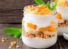 raňajky, kiwano, pohár, cereálie, jogurt, ovocie, jahody, maliny, čučoriedky, zdravá strava, zdravie, chudnutie, dieta, životný štýl