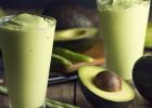 Avokádové smoothie so zeleným jačmeňom