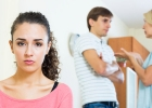 Ak máte bývať u vlastných či partnerových rodičov, zaveďte pravidlá!