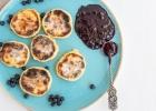 Tvarohové lievance s čučoriedkovým džemom
