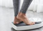 . Zatiaľ čo sa schudnutie jednej konfekčnej veľkosti počas týždňa môže zdať ako skvelý plán, skutočnosťou je, že väčšina z takýchto diét môže byť nebezpečných, nezdravých a nie sú riešením pre udržanie si želanej hmotnosti