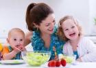 Ako prinútiť deti jesť ovocie a zeleninu? Maskujte!