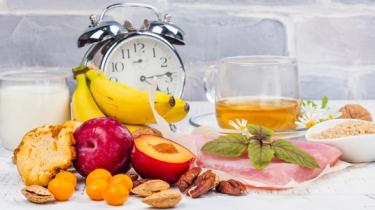 intermittent fasting, prerušovaný pôst, chudnutie, diéta, hladovka, zdravie, tuk, brucho, rýchla diéta, rýchle chudnutie, ako rýchlo schudnúť, tuk, svaly, hmota, zdavo