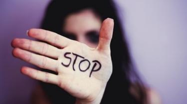 Národná linka pre ženy zažívajúce násilie