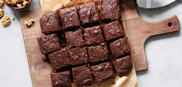 čokoládový koláč, ovsené vločky, banán, dezert, zdravý koláč, jedlo, mňam