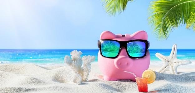 cestovanie za menej, ako cestovať za menej, leto, slnko, auto, letecky, more, hory, oddych, relax, dovolenka, cestujem, malý rozpočet, šetrenie, úsporné cestovanie, backpacking, fit, fitastyl.sk