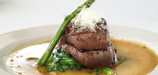 steak, kiwano, obed, zdravie, maso, hovadzie, príprava, špargla, mňam