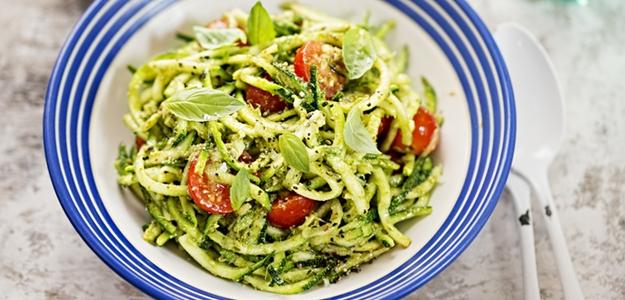 cuketové špagety, recept, ľahký obed, fit, fitness, čo z cukety, recepty z cukiny, letné recepty, varíme zdravo, chudnutie, diéta, fitastyl.sk