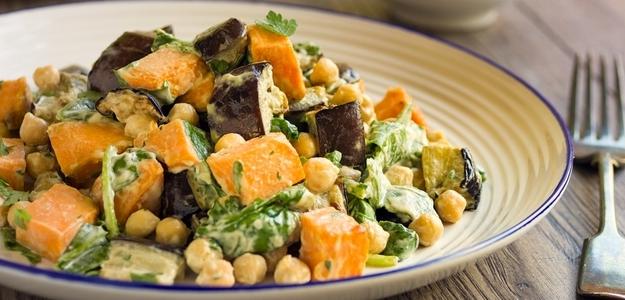 šalát, leto, bataty, sladké zemiaky, baklažán,, gril, grilovanie, zdravie, vegetarián, chudnutie, zdravé jedlo, strava, do plaviek