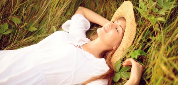 šťastie, povinnosti, deň, život, ako si zlepšiť náladu, pravidlá, smiech, šťastie, fitastyl.sk, pohoda, blahobyt, naladenie, spirit, duša, relax, oddych, kniha, vdačnost, vylet