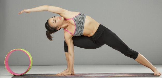 fit, pomocky, joga, cvik, doma, foam roller, penovy valec, valec, blok, cvičenie, chudnutie, dieta, podložka, fitko, uvoľnenie, relax, namaste