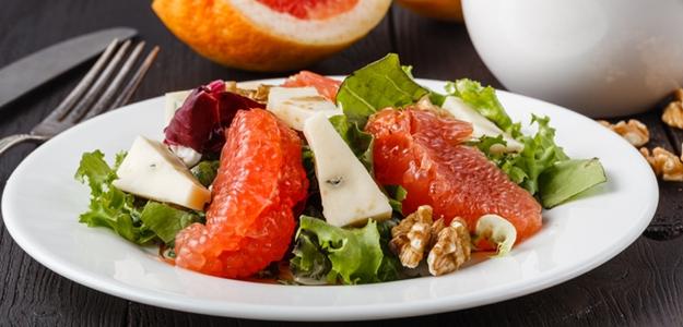 šalát, grep, grepfruit, syr, orechy, balzamiko, večera, diéta, chudnutie, zdravie, wellness, životný štýl, mňam,