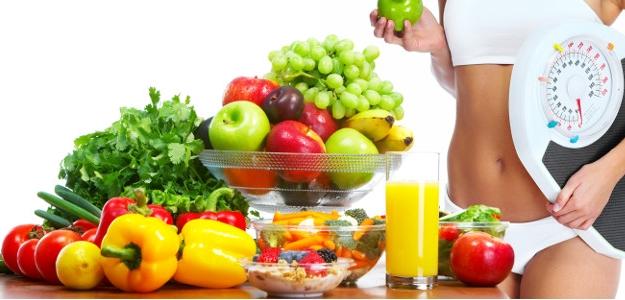 Cvičím každý deň. Ako si vyrátať príjem bielkovín a sacharidov?