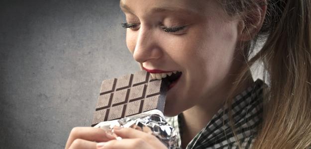 Pre čokoholikov: Čokoláda je všeobecne akceptovateľná rekreačná droga. Súhlasíte?
