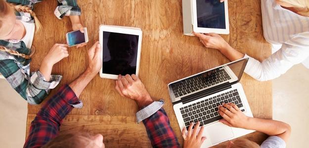 Život na sieti: fenomén súčasnej doby? Pozor na riziká