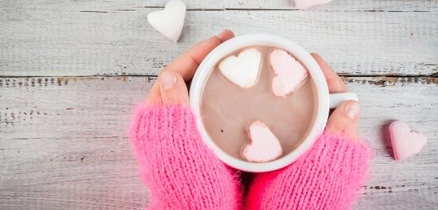 Recept na lahodné kakao s kardamónom na chladné večery