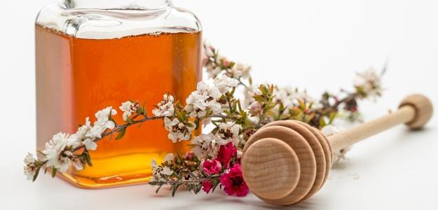 Antibakteriálny manuka med - je to hotový prírodný poklad!