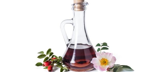 Vyskúšajte recept na omáčku zo šípok a šípkovú tinktúru. Vitamínový nápoj sa bude tiež hodiť!