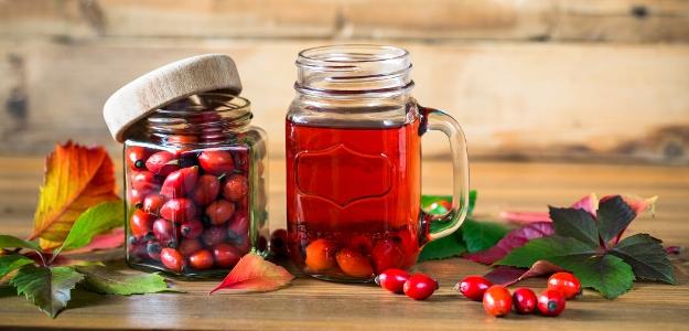 Dali by ste si šípkový čaj, džem alebo radšej sirup či šípkové víno?