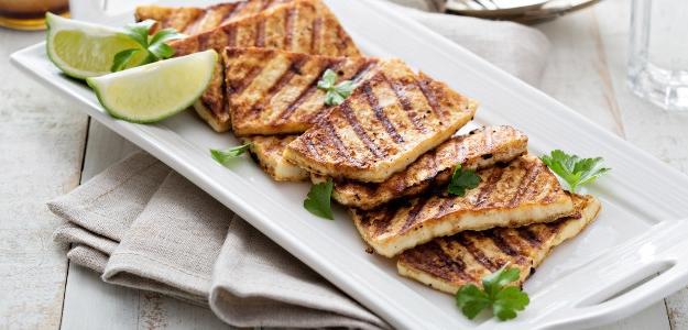 Grilované marinované tofu