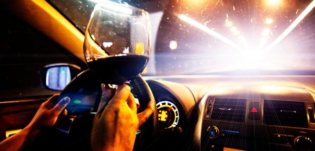 Za promile na svahu či za volantom vám poisťovňa zníži alebo zamietne poistné plnenie