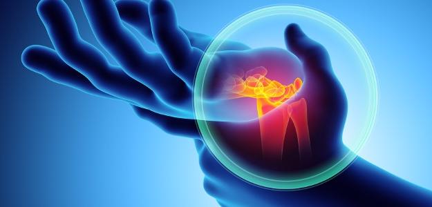 Syndróm karpálneho tunela trápi nielen IT-čkárov. Lekári dvíhajú varovný prst!