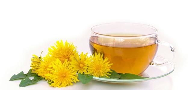 Med a sirup z púpavy - chutný, zdravý pomocník.