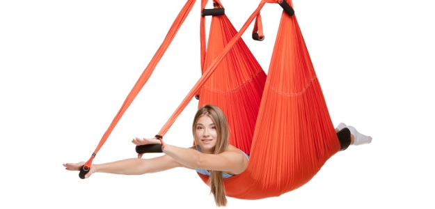 Cvičte Antigravity pre vypracované a pružné telo