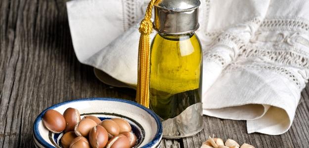 Argánový olej: tekuté zlato pre vaše telo.