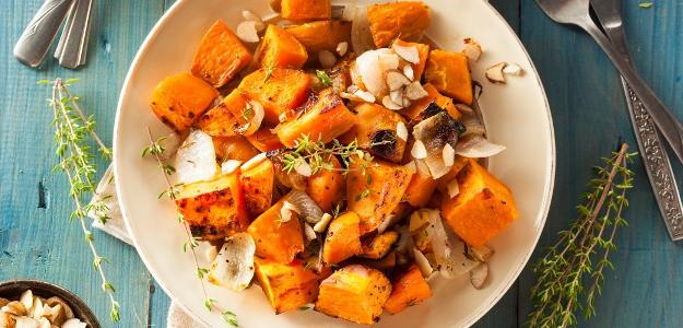 Pečené sladké zemiaky s cesnakom a tymiánom