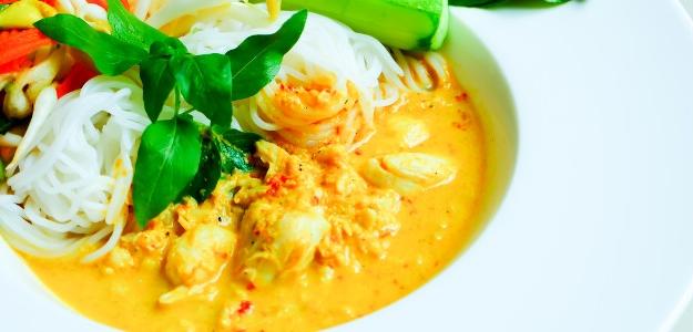 Pikantná  kokosová polievka s rybou