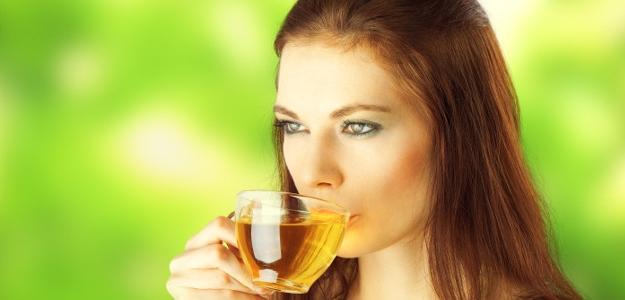Je ČAJ súčasťou pitného režimu? A čo alkohol?