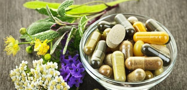FYTOTERAPIA - využívaná viac ako konvenčné lieky a záujem o ňu stále narastá. Ako je to možné?