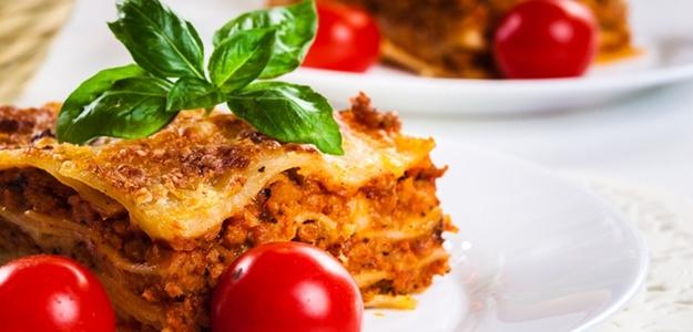 lasagne, obed, taliansky, rajčiny, cestoviny, paradajky, šťava, mäso, životný štýl, zdravie, výživa, recept, varenie, somdoma