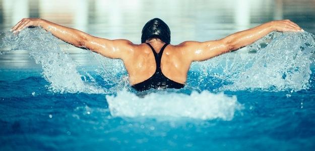 Chcete schudnúť plávaním? Dodržiavajte tieto zásady